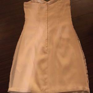 H&M Dresses - New 🎉🎉Sweetheart mini dress